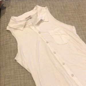 White button up top. Michael Stars